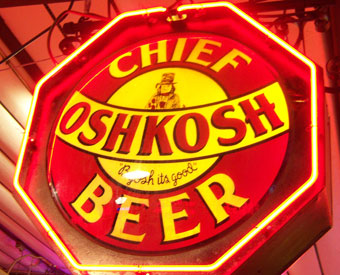 Chief Oshkosh Beer (Octogon)